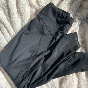 Zella size small crop leggings